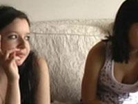 Emoporno mit Teenie Lesben