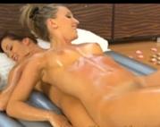 Erotische Titten und Fotzen Massage